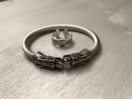 quality viking bracelet