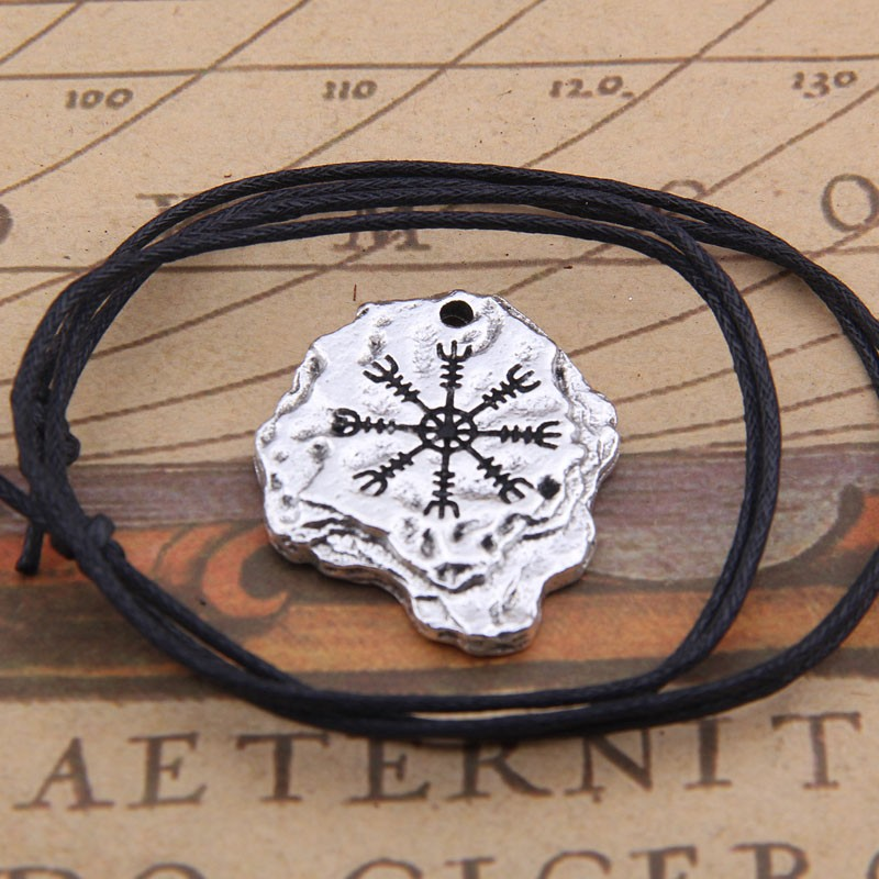 viking men pendant